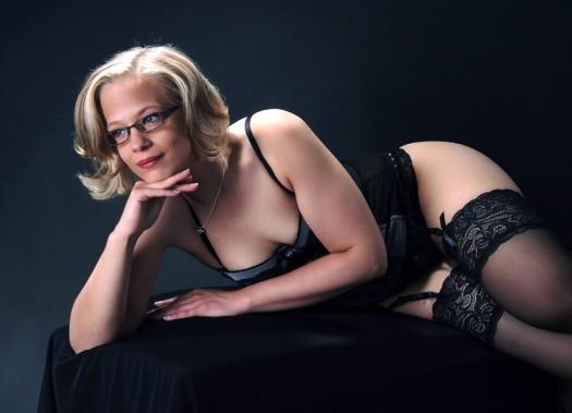 erotik-frau-brille